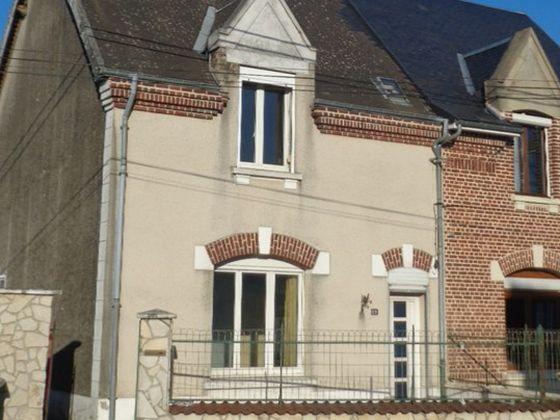 Vente maison 5 pièces 1300 m2