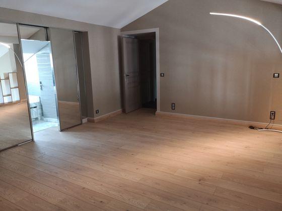 Vente duplex 5 pièces 157 m2