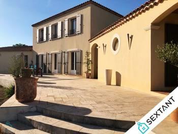 Villa 4 pièces 250 m2