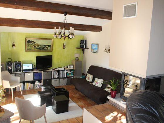 Vente propriété 6 pièces 185 m2