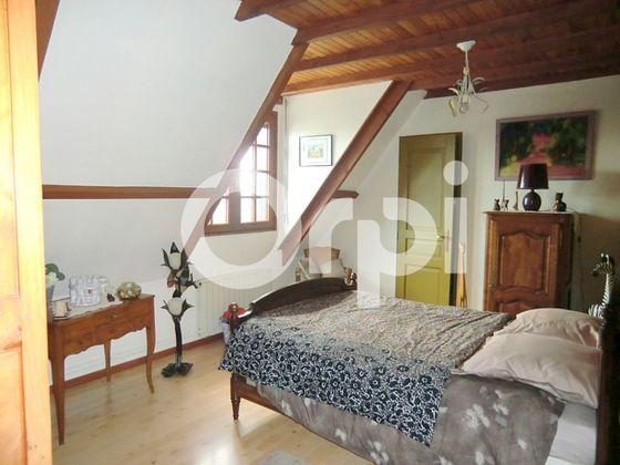 Vente maison 7 pièces 183 m2