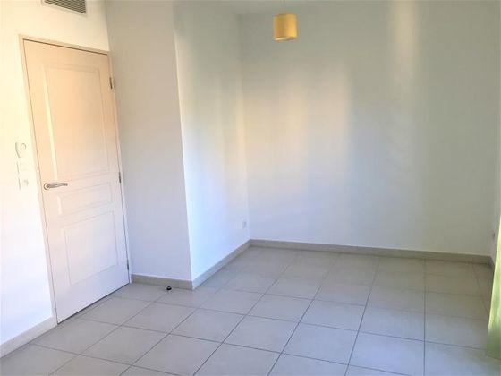 Location studio 23,03 m2