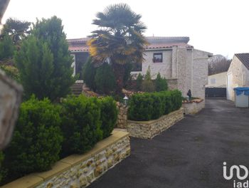 maison à Belluire (17)