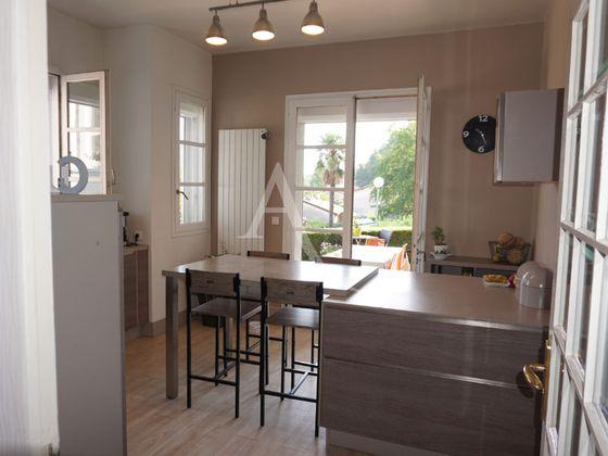 Vente maison 15 pièces 296 m2