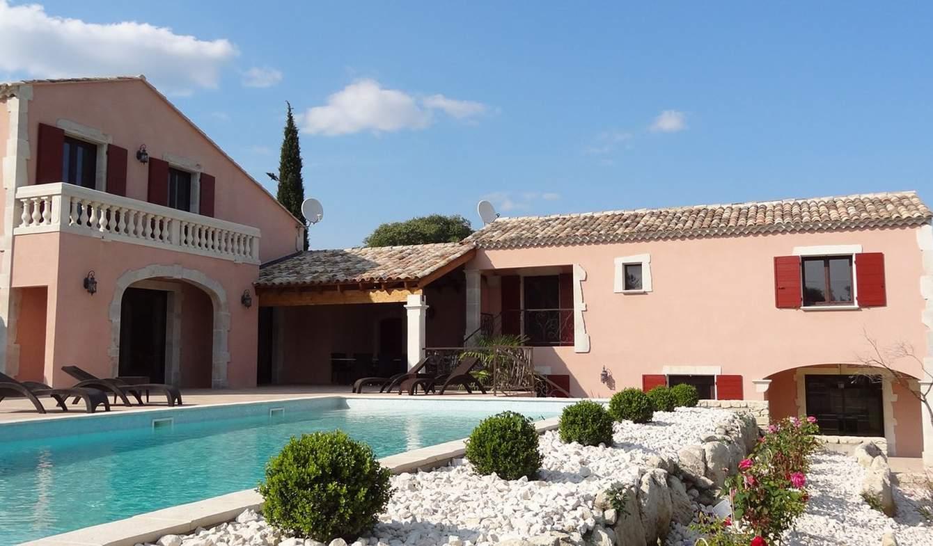Villa avec piscine et jardin Uzès