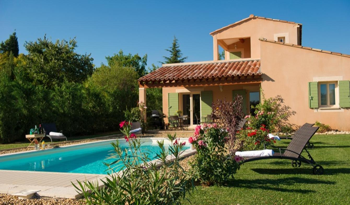 Villa with pool and garden Saint-Saturnin-lès-Apt