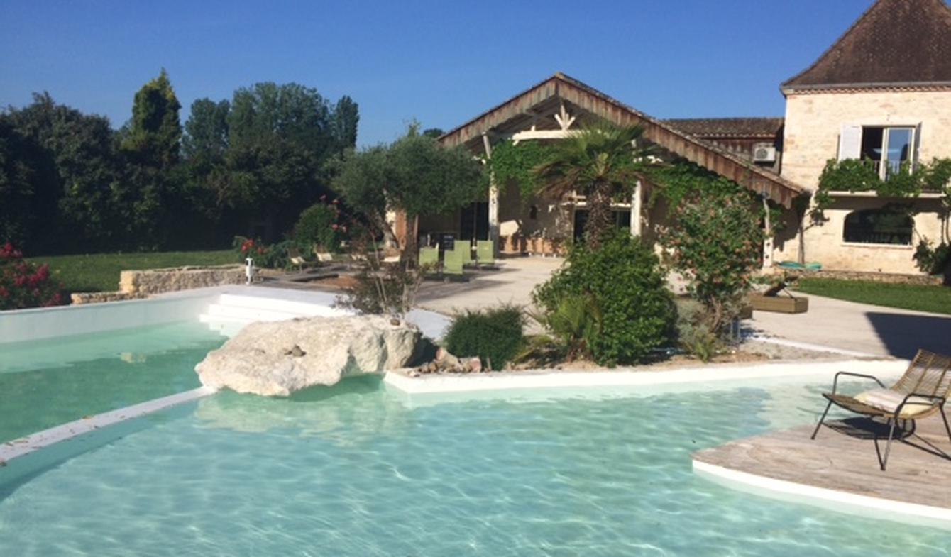 Propriété avec piscine et jardin Agen