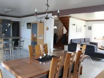 Maison 54 pièces 137 m2