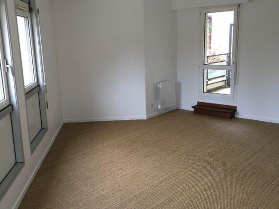 Location appartement 2 pièces 60,7 m2