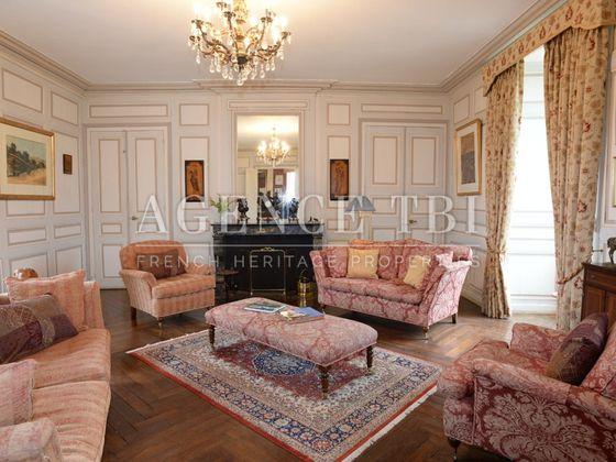 Vente château 25 pièces 800 m2