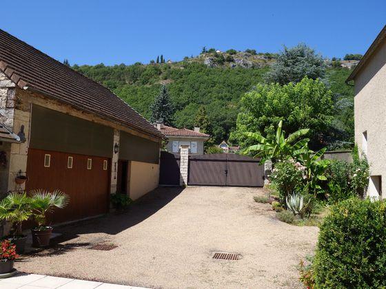 Vente maison 10 pièces 135 m2