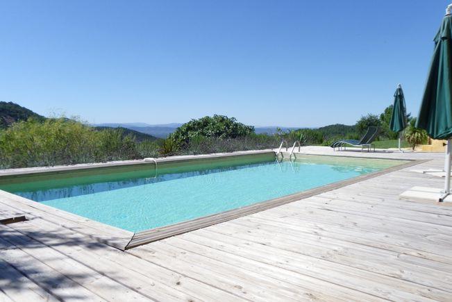 Maison Contemporaine avec Piscine et Terrasse, La Garde-Freinet