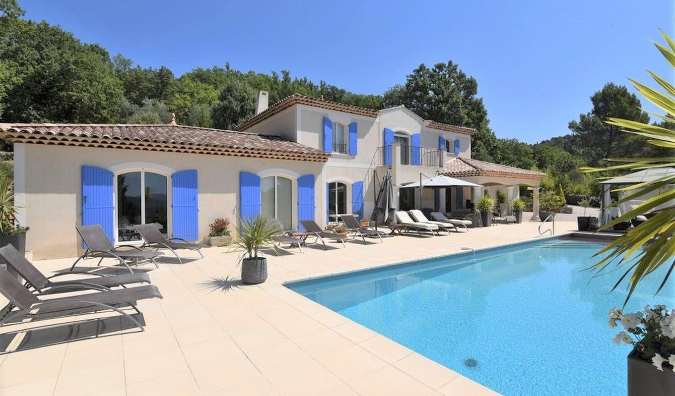 Maison avec piscine et terrasse Montauroux