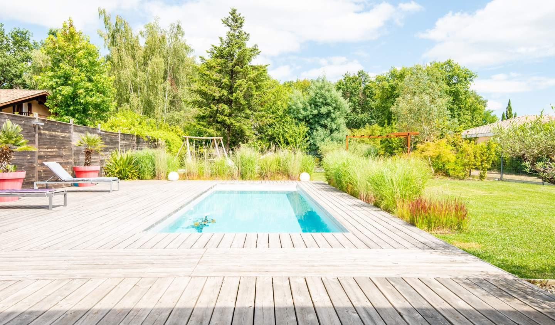 Maison avec piscine et terrasse Salleboeuf