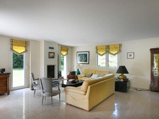 Vente maison 8 pièces 340 m2