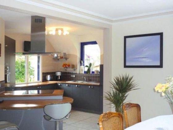 Vente propriété 8 pièces 180 m2