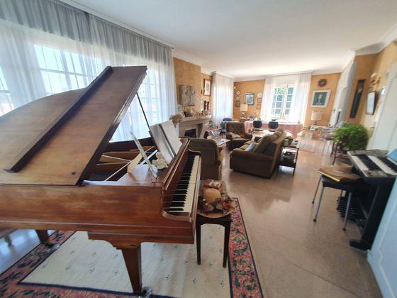 Vente maison 8 pièces 199 m2