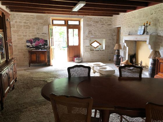 Vente maison 3 pièces 222 m2