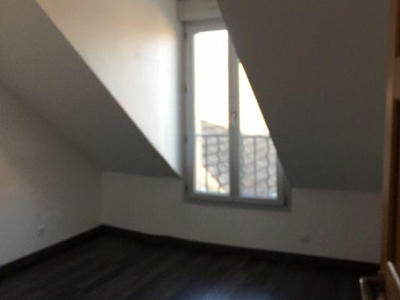 Location maison 3 pièces 75,66 m2