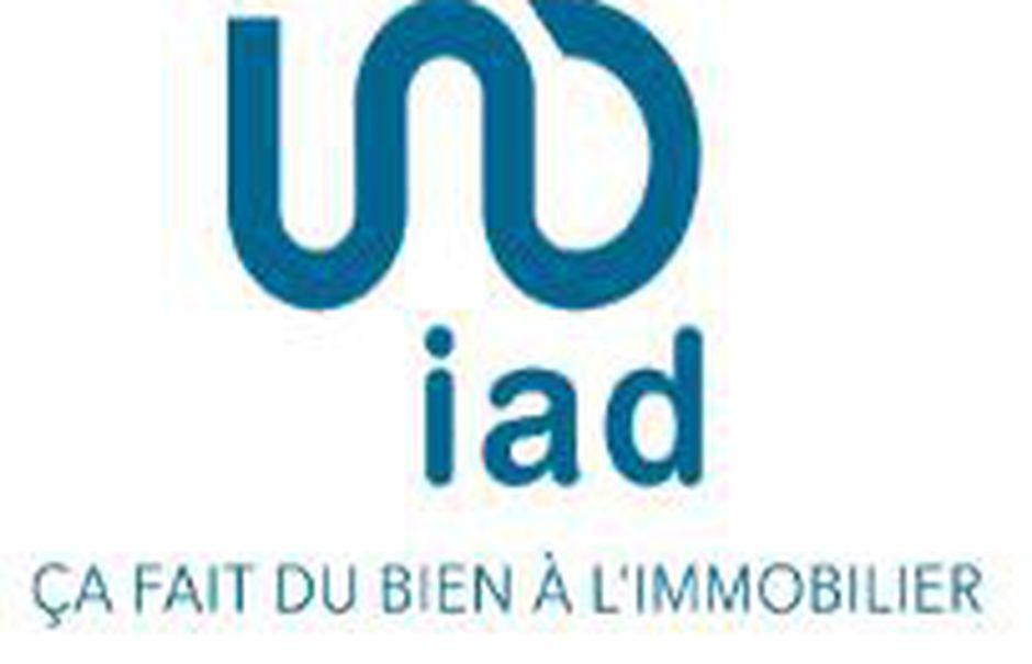Vente locaux professionnels  100 m² à Les Herbiers (85500), 239 800 €