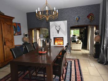 Maison 10 pièces 354 m2