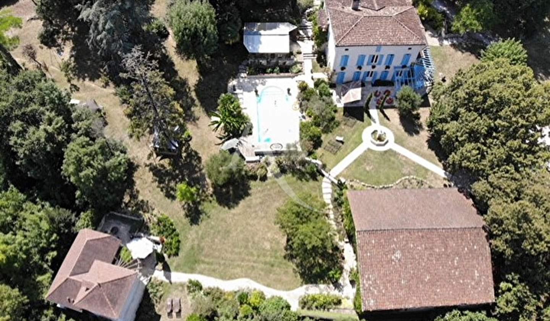 Maison avec piscine et terrasse Agen