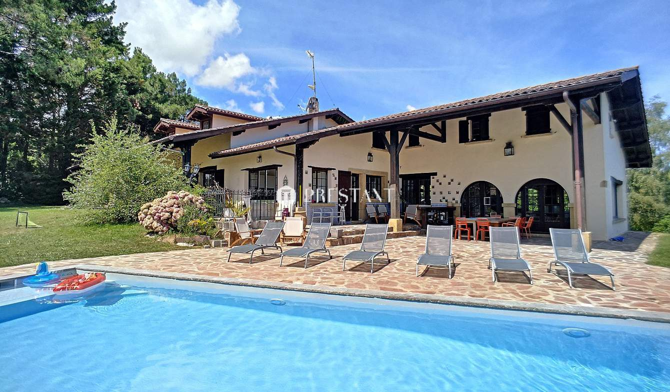Maison avec piscine Urrugne