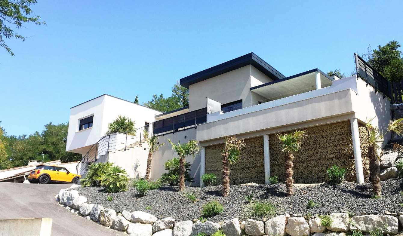 Villa avec piscine Montelimar