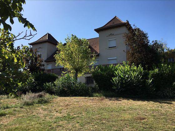 Vente maison 10 pièces 242 m2