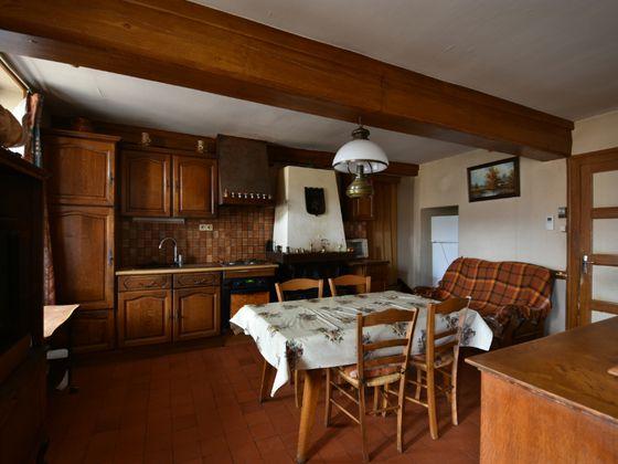 Vente maison 10 pièces 194,14 m2