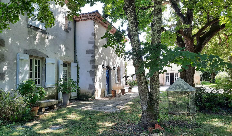 Maison avec piscine et terrasse Nérac