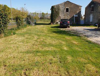 terrain à Saint-Jean-de-Liversay (17)