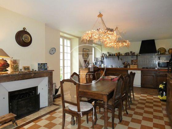 Vente maison 13 pièces 395 m2