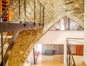 Maison 4 pièces 198 m2