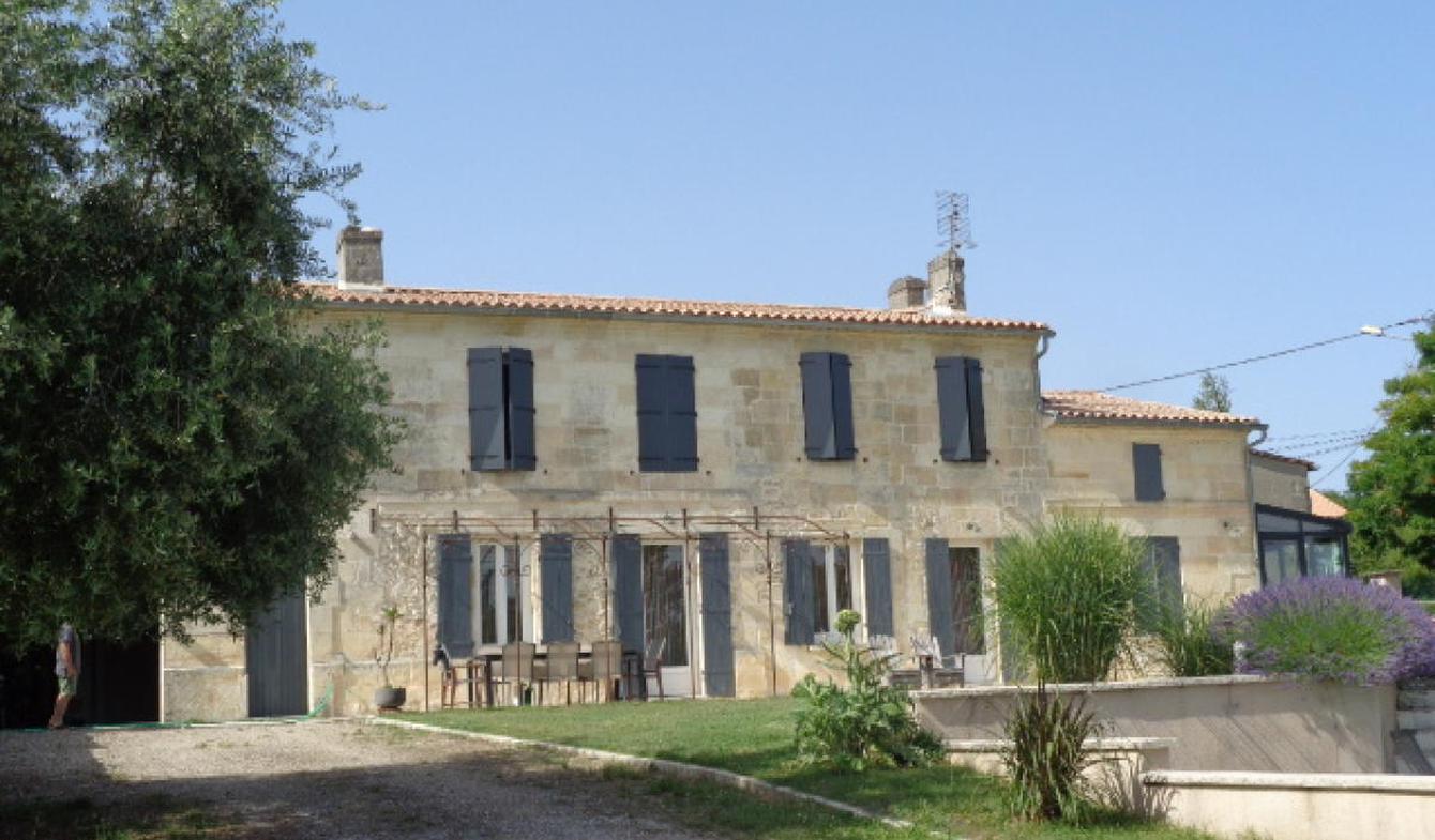 Maison avec piscine Prignac-et-Marcamps