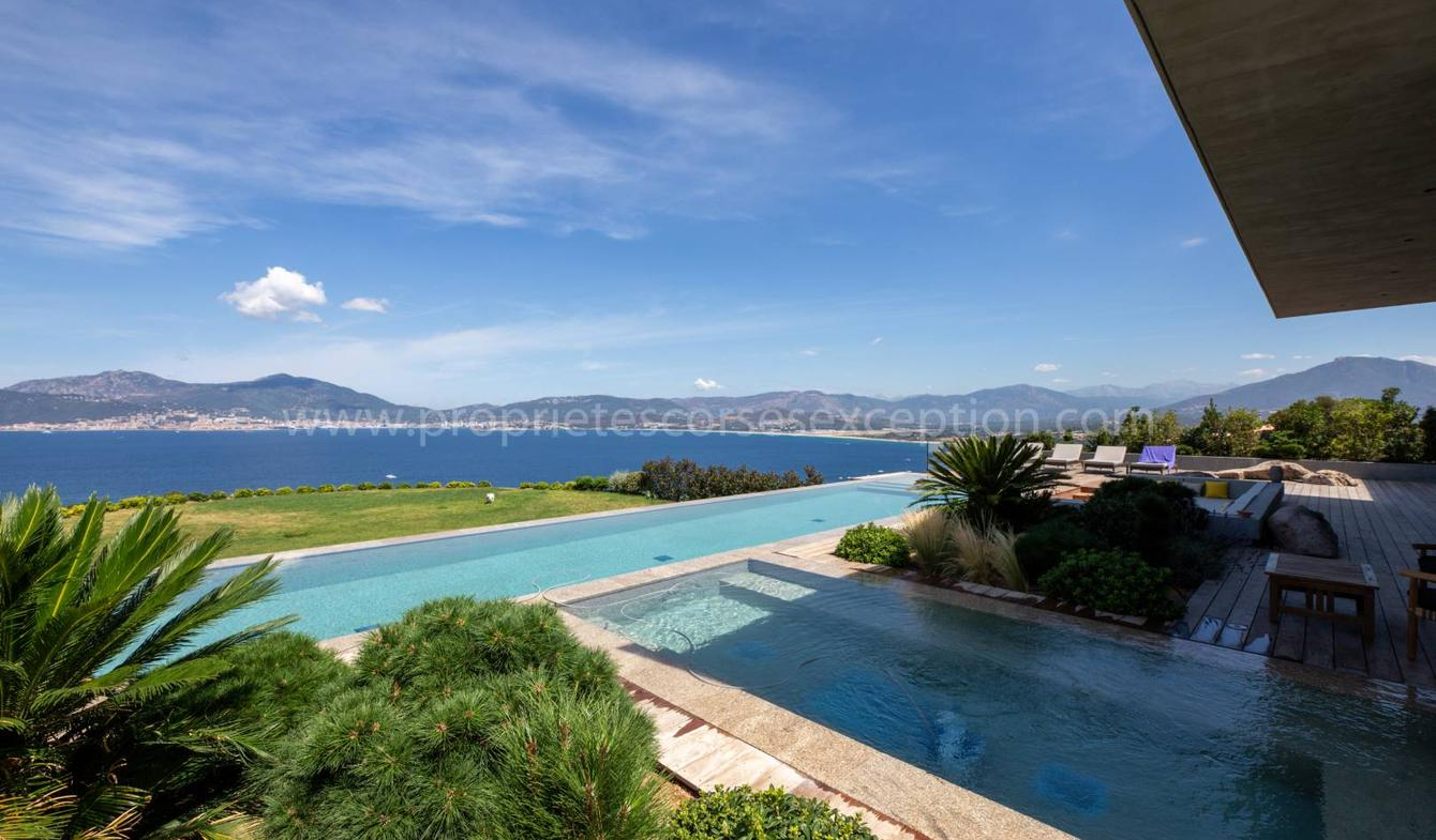 Seaside villa with pool Porticcio