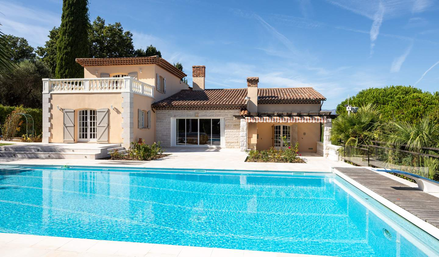 Villa with pool Biot