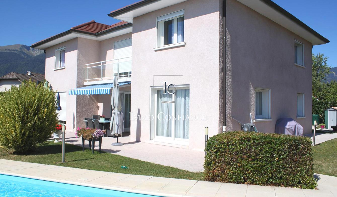 Maison avec piscine et terrasse Cessy