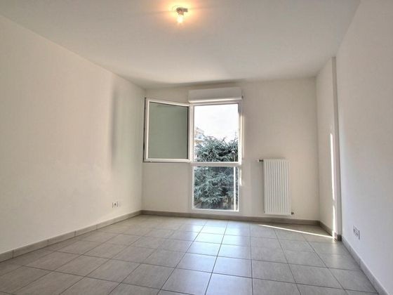 Location appartement 4 pièces 92 m2