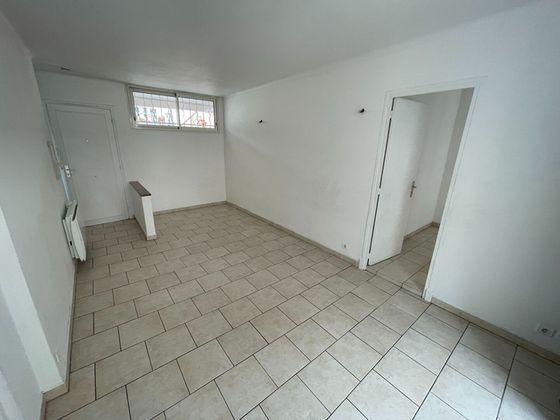 Location appartement 3 pièces 49,01 m2