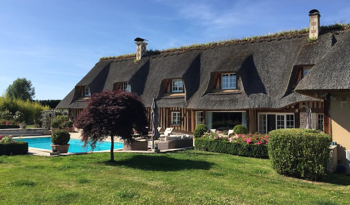 Property with pool and garden Deauville