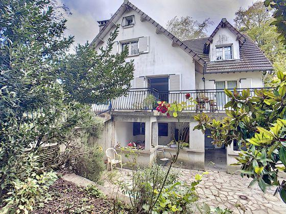 Vente maison 6 pièces 180,15 m2