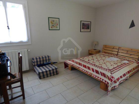Vente villa 6 pièces 166 m2