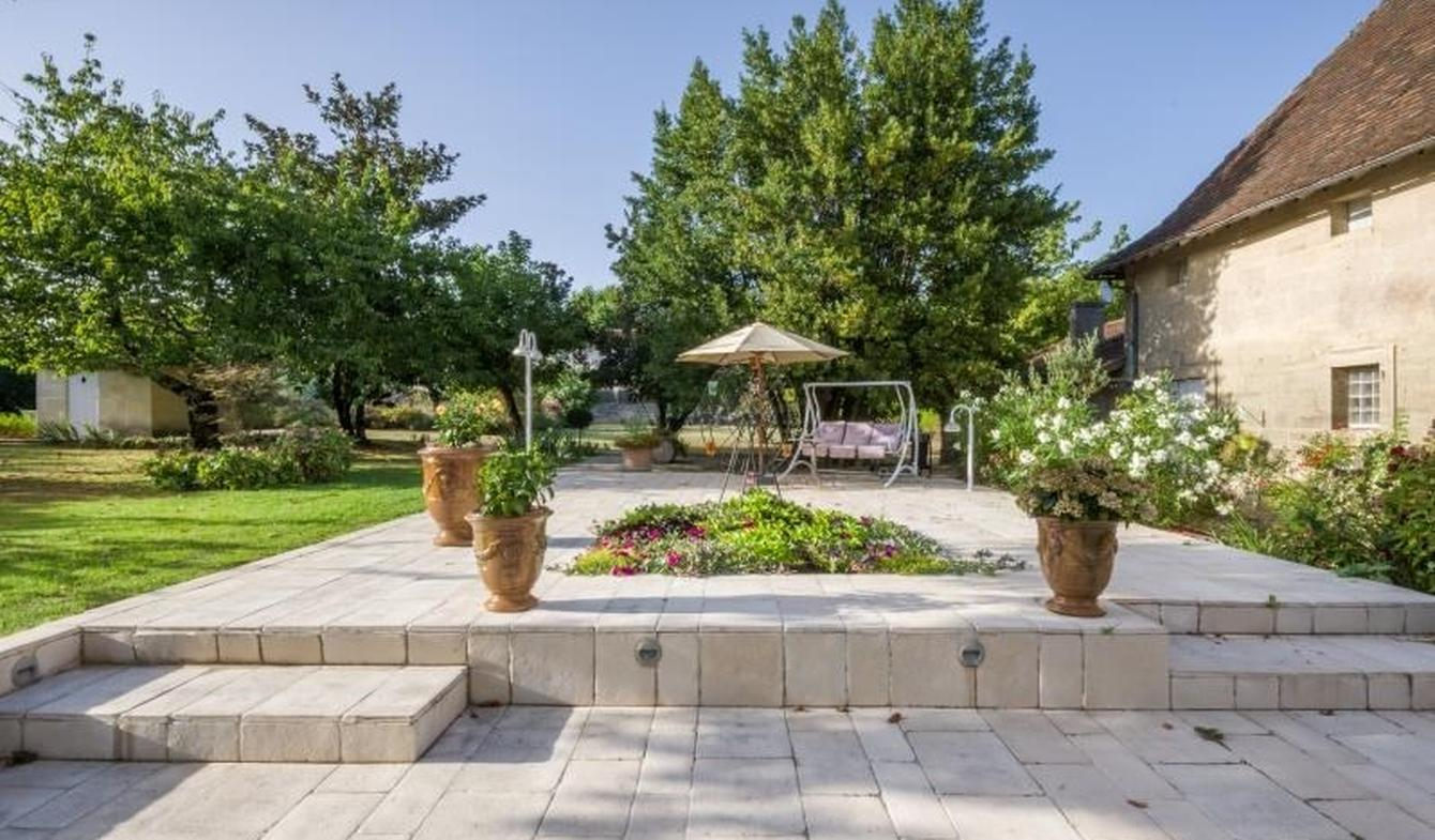 Maison avec piscine et terrasse Lussac