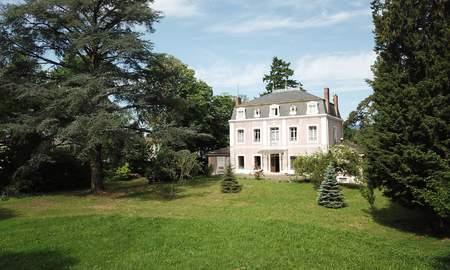 Maison De Luxe La Chapelle De Guinchay A Vendre Achat Et Vente Maison De Prestige