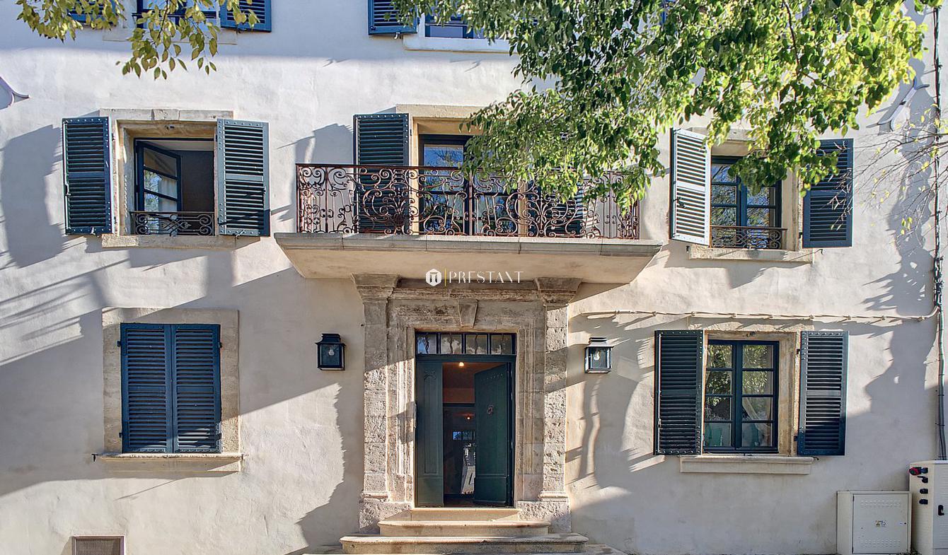Maison avec terrasse Alleins