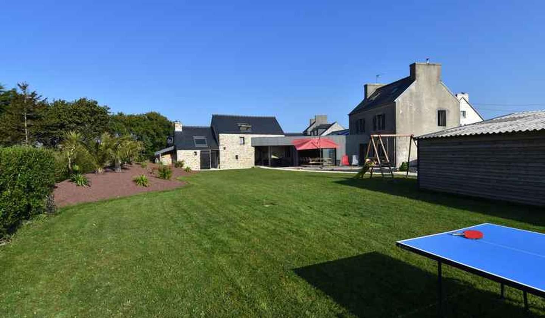 Maison avec piscine et jardin Kerlouan