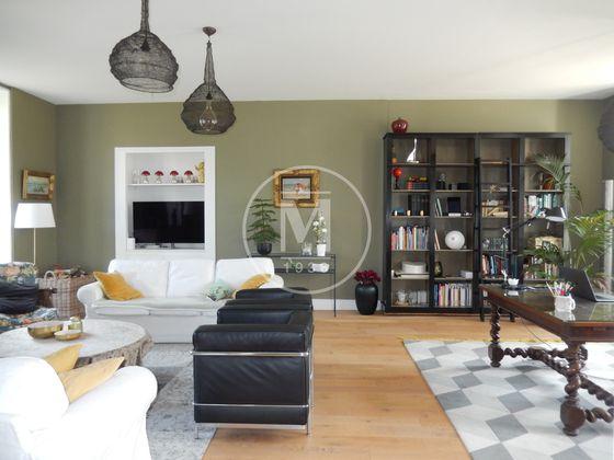 Vente propriété 9 pièces 373,98 m2