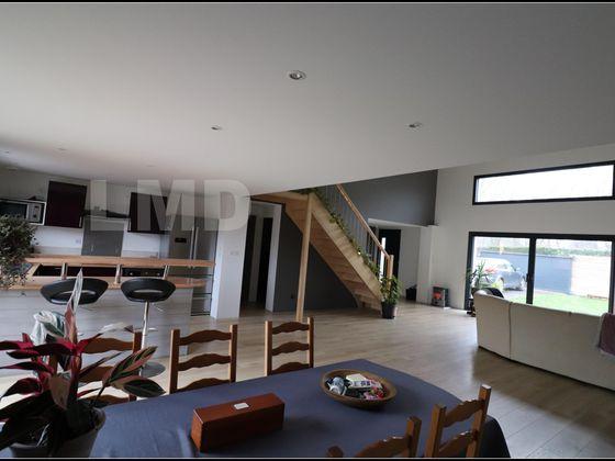 Vente maison 5 pièces 151,14 m2