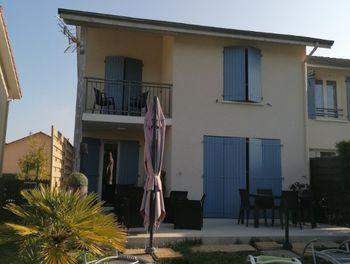 maison à Saint-Etienne-de-Saint-Geoirs (38)